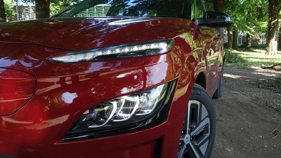 Hyundai Kona elettrica fari