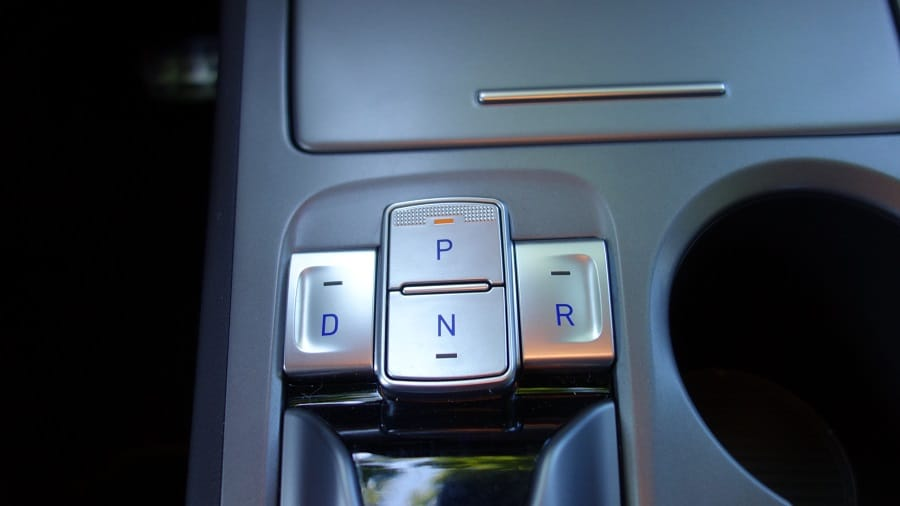 Hyundai Kona elettrica selettore del cambio