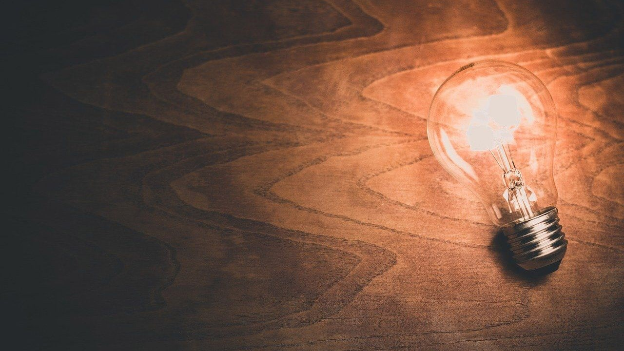 Da Benjamin Franklin a Nikola Tesla: i sette scienziati che hanno rivoluzionato il mondo dell'energia thumbnail