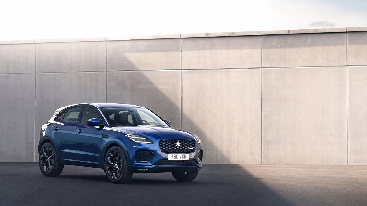 Jaguar E-Pace: debutta la R-Dynamic Black Edition thumbnail