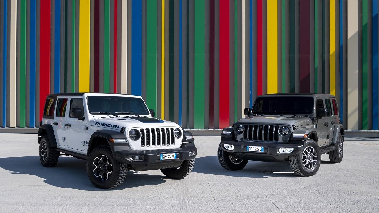 Jeep Wrangler 4xe, debutta sul mercato italiano il fuoristrada duro e puro ma ibrido plug-in thumbnail