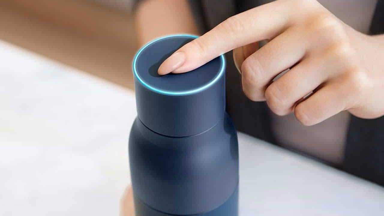 La nostra recensione di LARQ, la prima bottiglia autopulente thumbnail