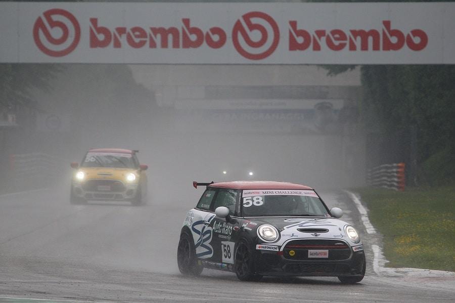 MINI Challenge 2021 Monza Gara 1