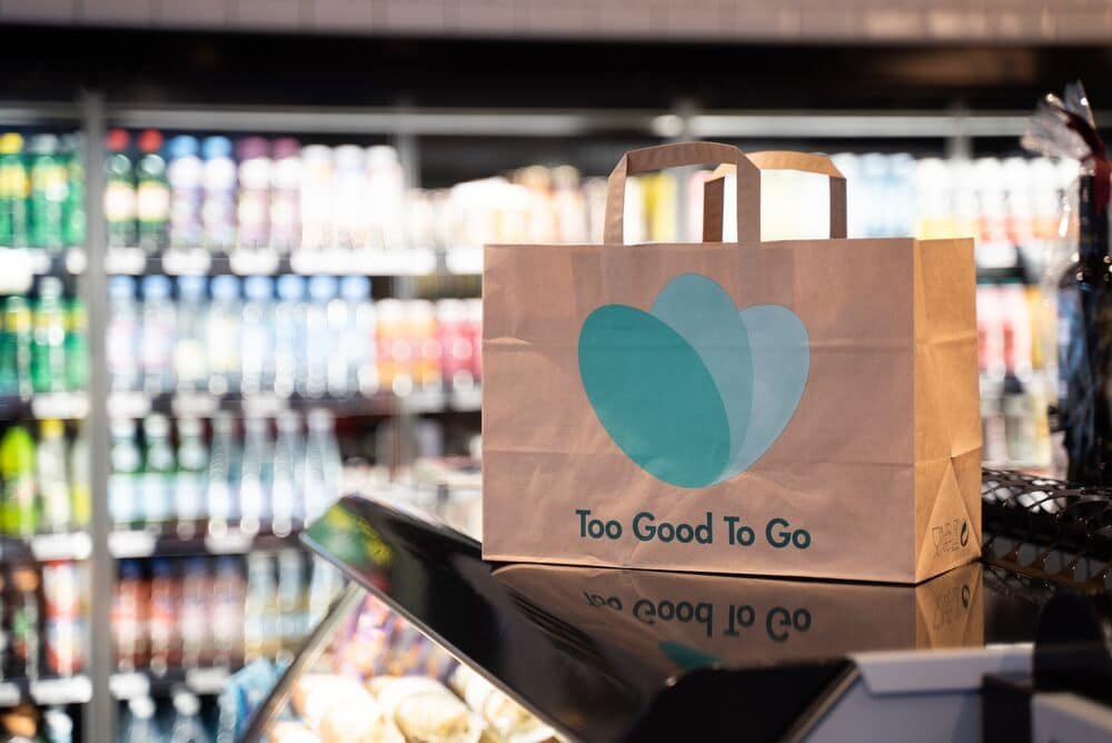 Too Good to Go e Ama Crai Est insieme per limitare gli sprechi alimentari thumbnail