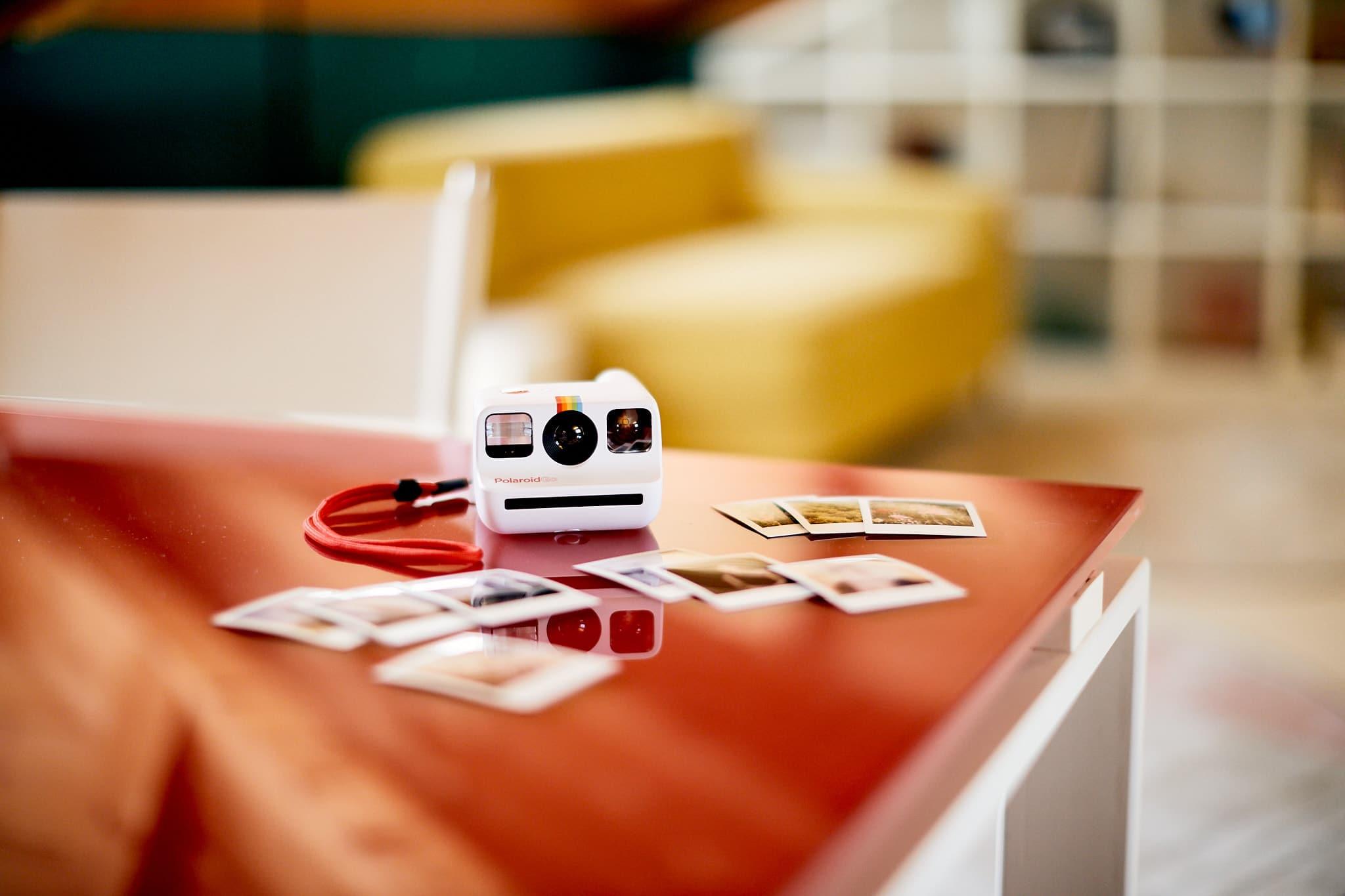 Recensione Polaroid Go: iconica miniatura thumbnail