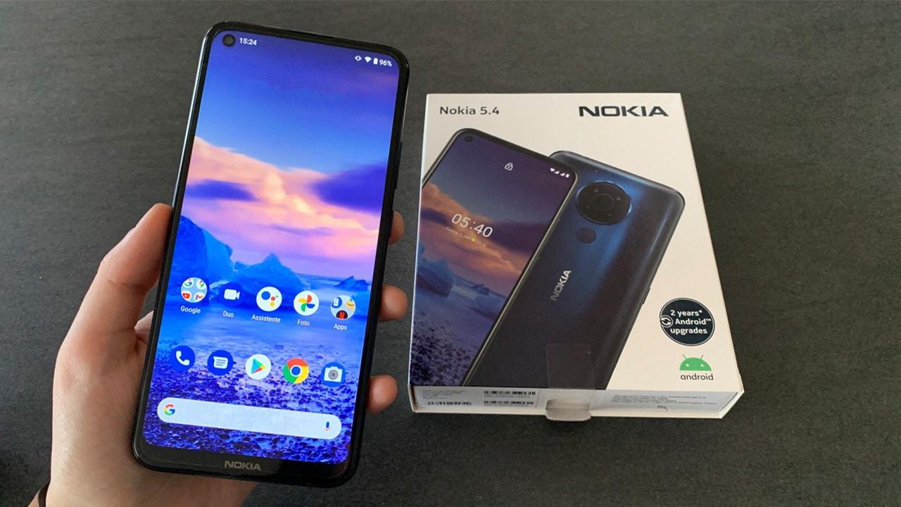 La recensione di Nokia 5.4: uno smartphone economico, ma non abbastanza thumbnail