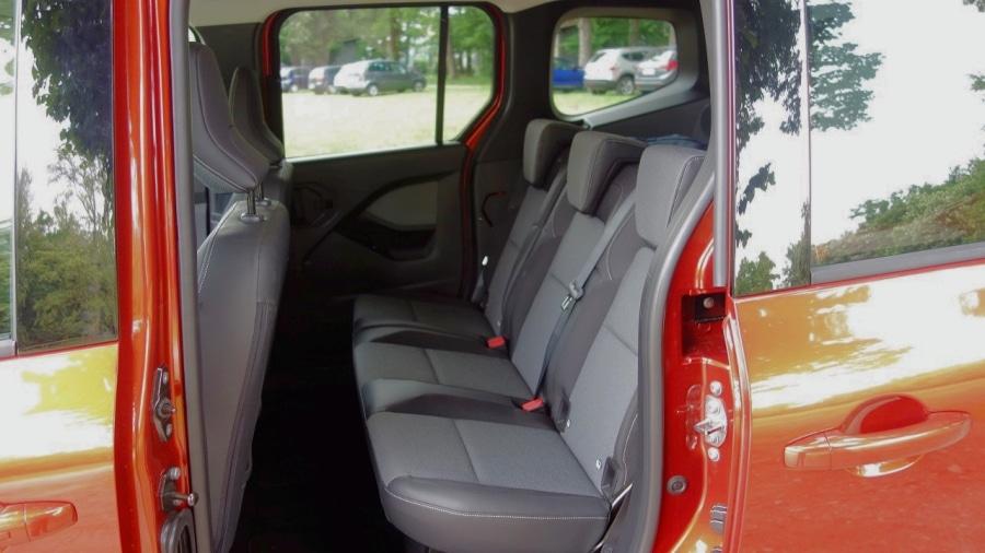 Renault Kangoo 2021 sedili posteriori_Fotor
