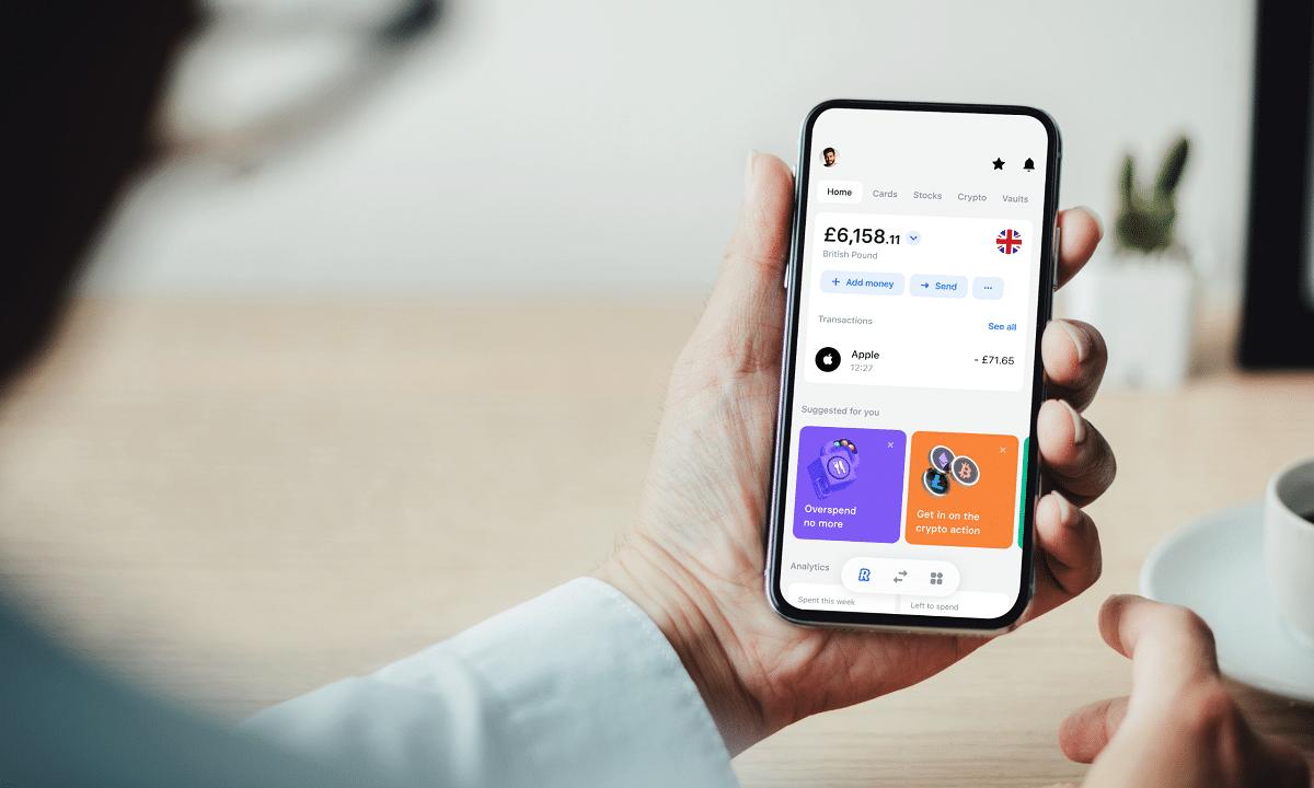 Revolut rilascia la versione 8.0 della sua app thumbnail