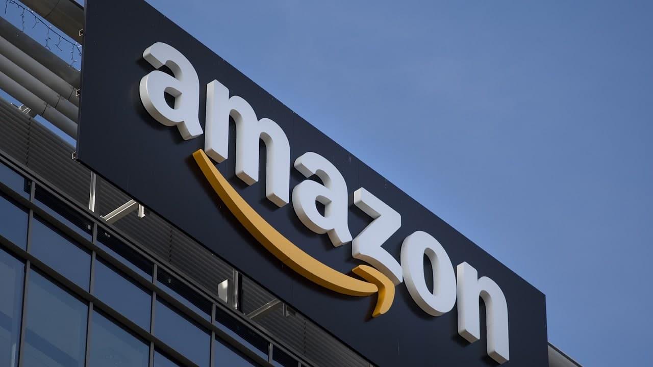 La Corte europea blocca la multa da 250 milioni di euro ad Amazon thumbnail