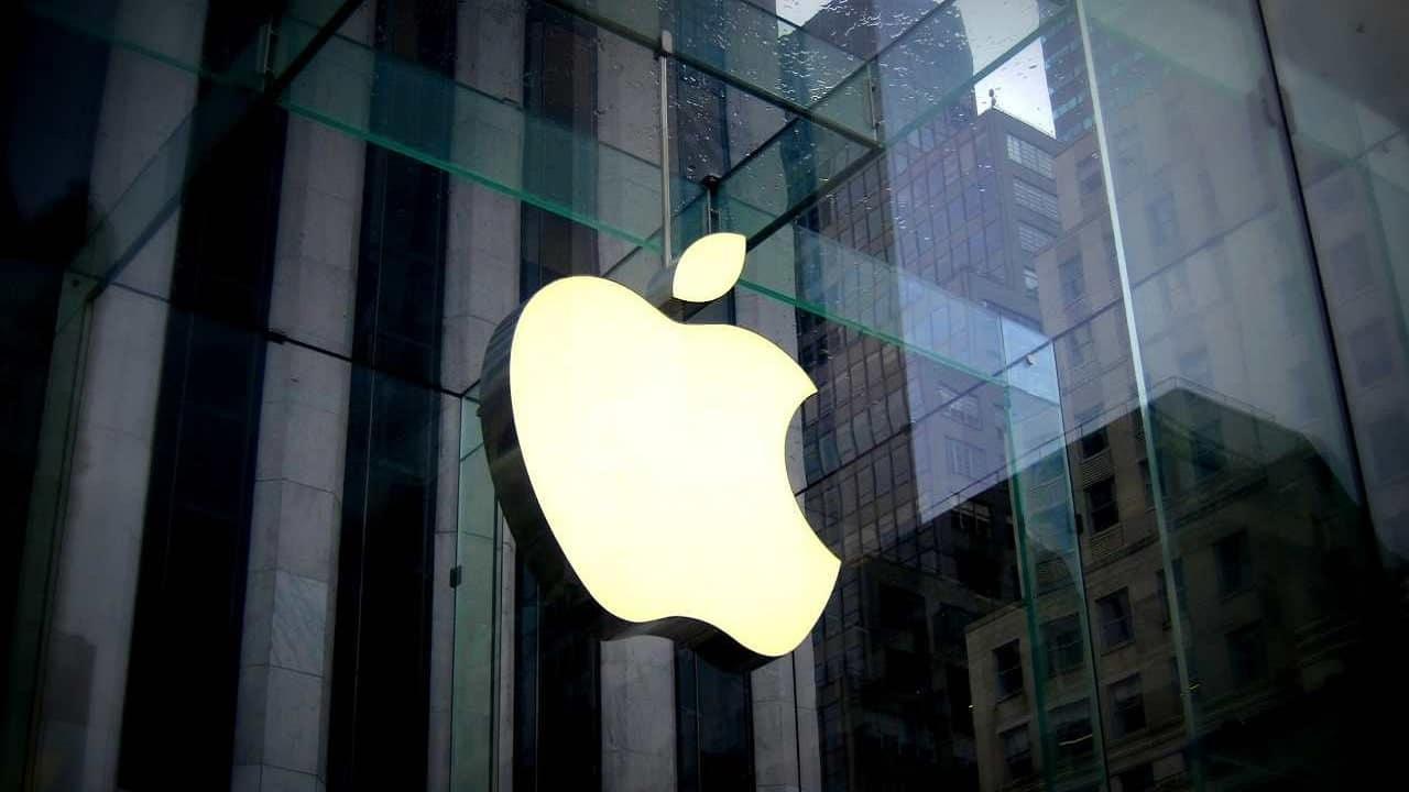 Apple e Amazon: l'antitrust spagnola indaga sulle due multinazionali thumbnail