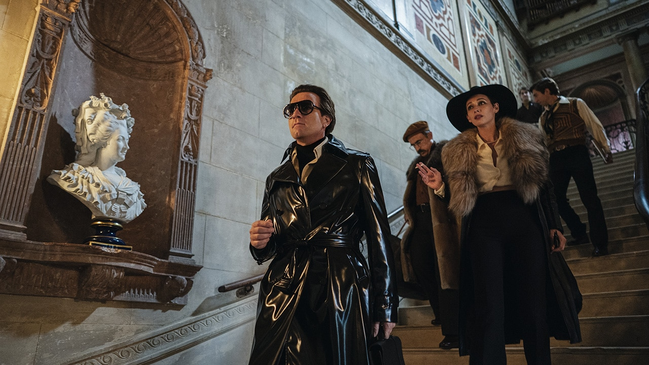 Chi è Halston, il re della moda USA  raccontato da Netflix? thumbnail