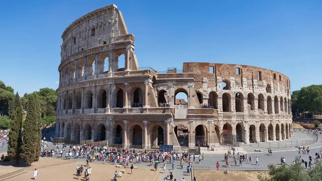 Il Colosseo di Roma avrà un nuovo pavimento high-tech thumbnail