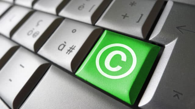 diritto d'autore digitale tastiera