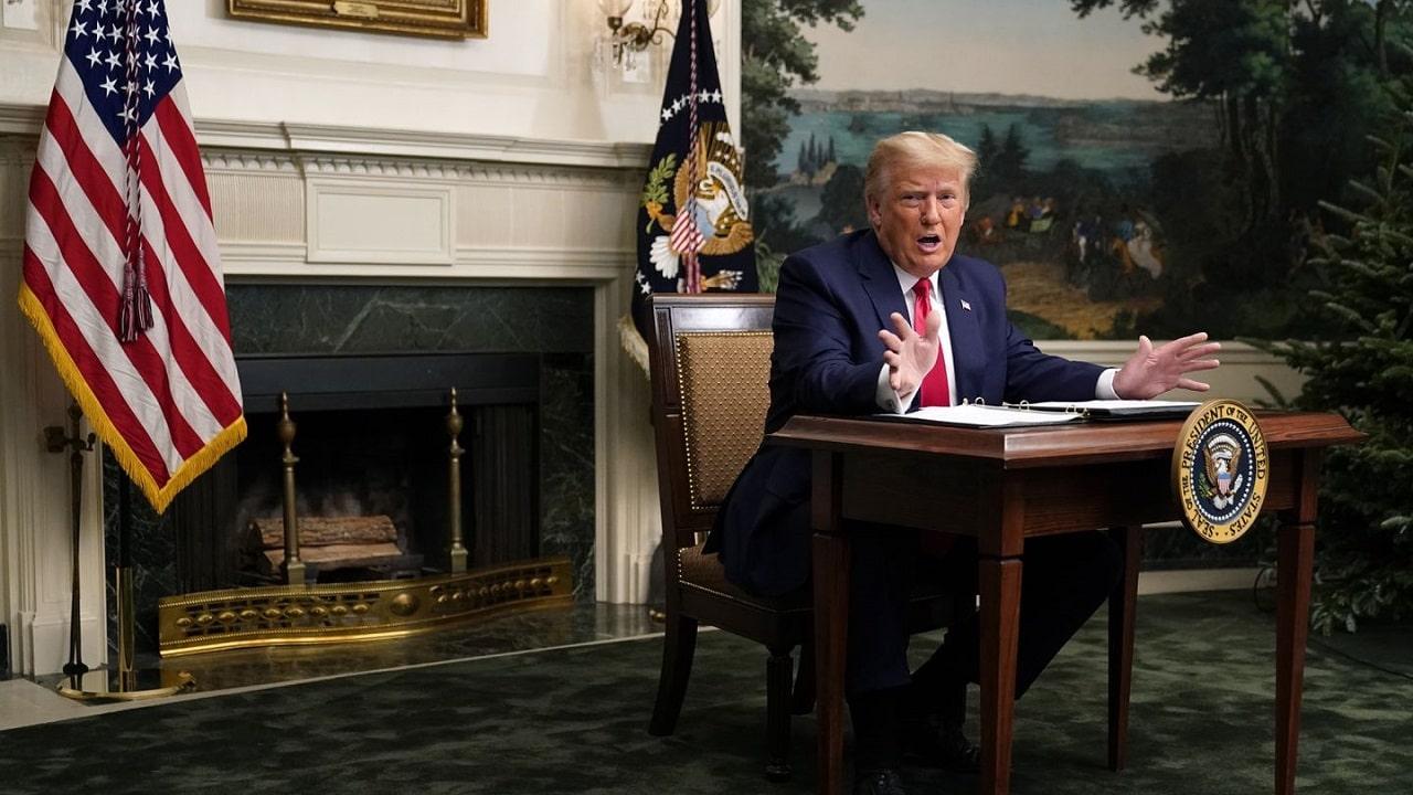 Donald Trump ritorna online con un blog thumbnail
