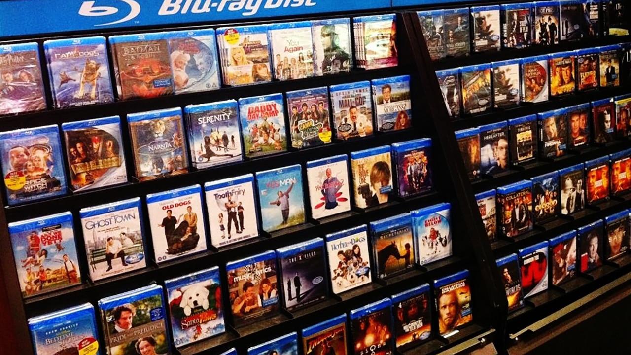 DVD e Blu-Ray battuti dall'online thumbnail