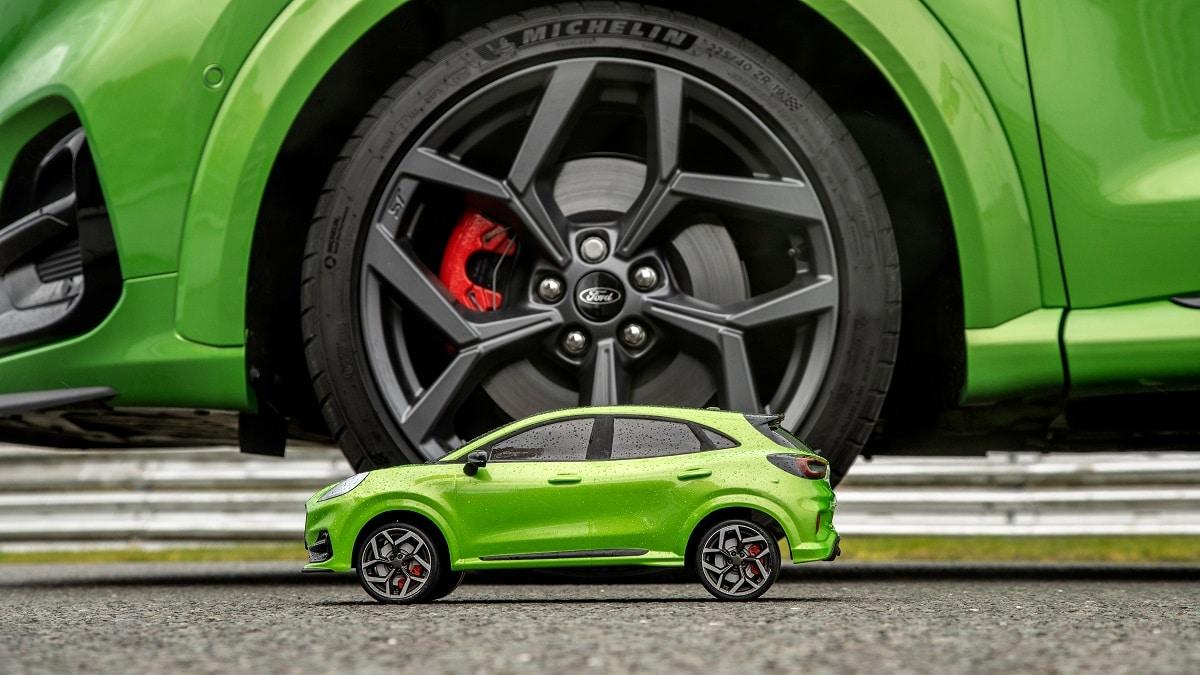 """Ford Puma ST protagonista di una sfida """"Davide contro Golia"""" thumbnail"""