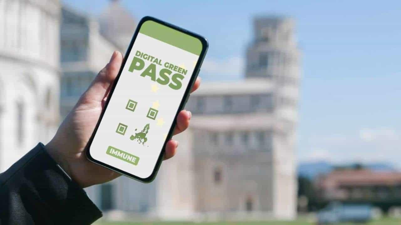 Il Digital Green Pass entra in vigore dall'1 Luglio thumbnail