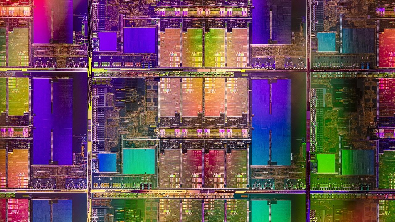 Intel presenta i processori di undicesima generazione per laptop thumbnail