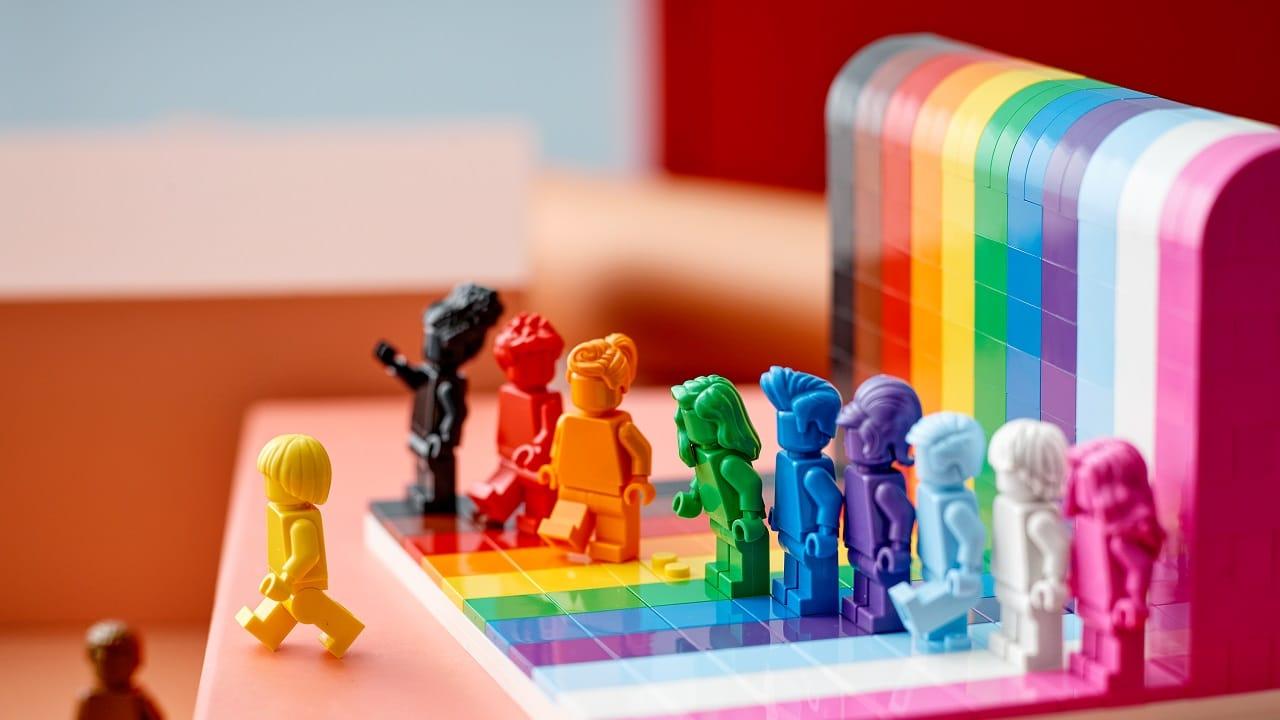 LEGO ha annunciato un nuovo Set per celebrare le diversità thumbnail