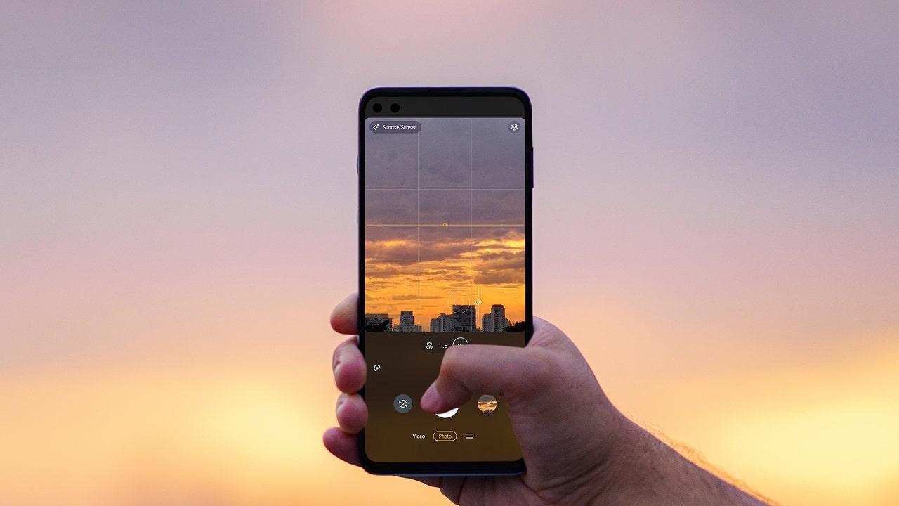 Motorola punta alla ricarica a distanza per gli smartphone thumbnail