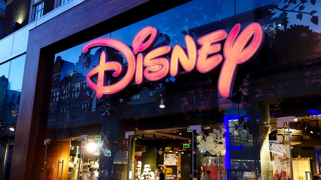 Disney chiuderà tutti i negozi d'Italia thumbnail