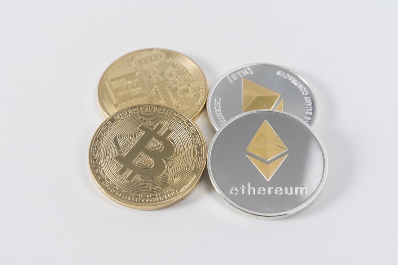 Bitcoin e criptovalute, un mercato incerto e mutevole thumbnail