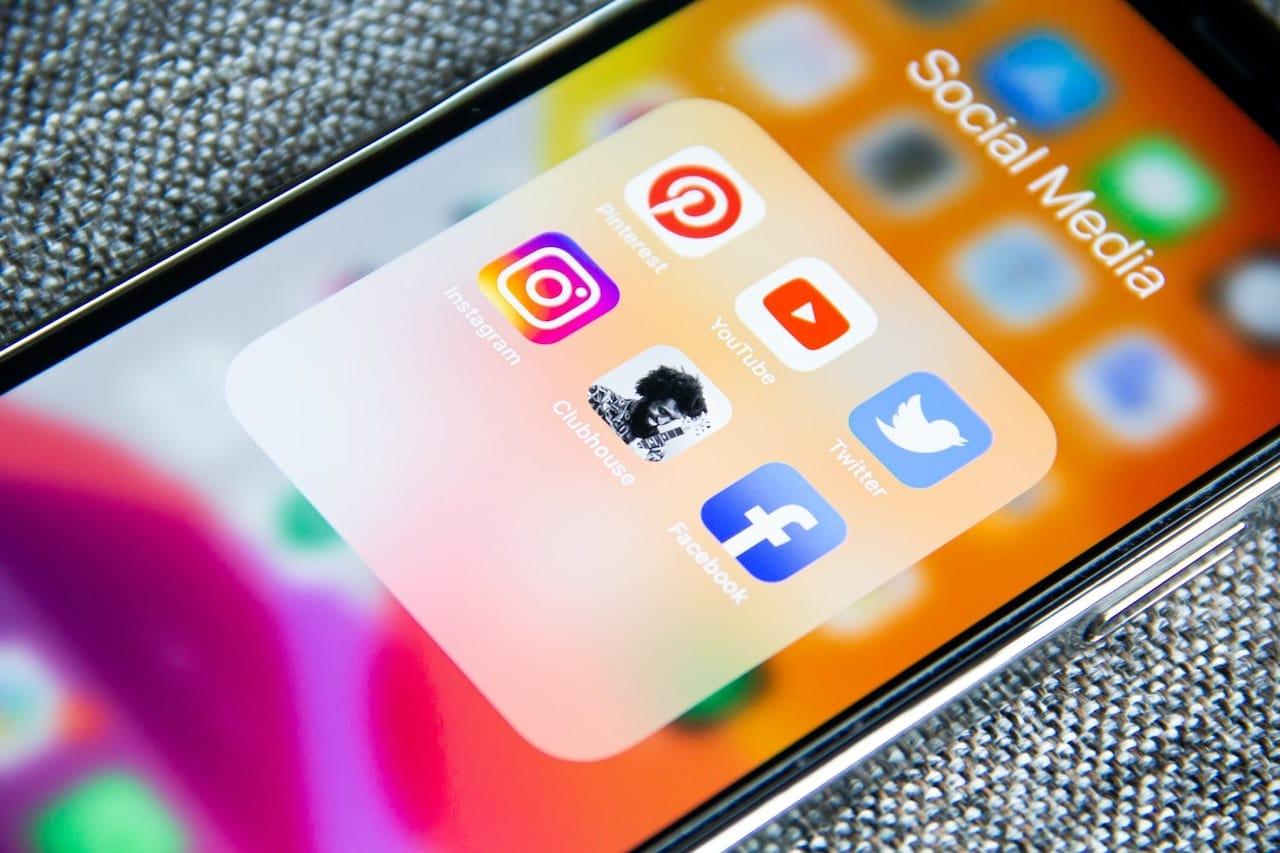 Nei prossimi anni rivaluteremo il nostro rapporto con i social thumbnail