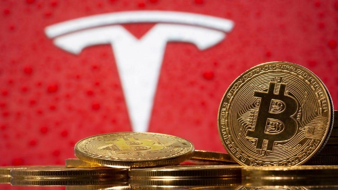 Tesla annuncia lo stop ai pagamenti con i Bitcoin thumbnail