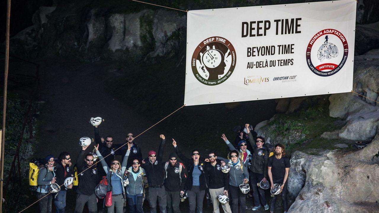 Com'è vivere 40 giorni in una grotta senza smartphone e luce? thumbnail