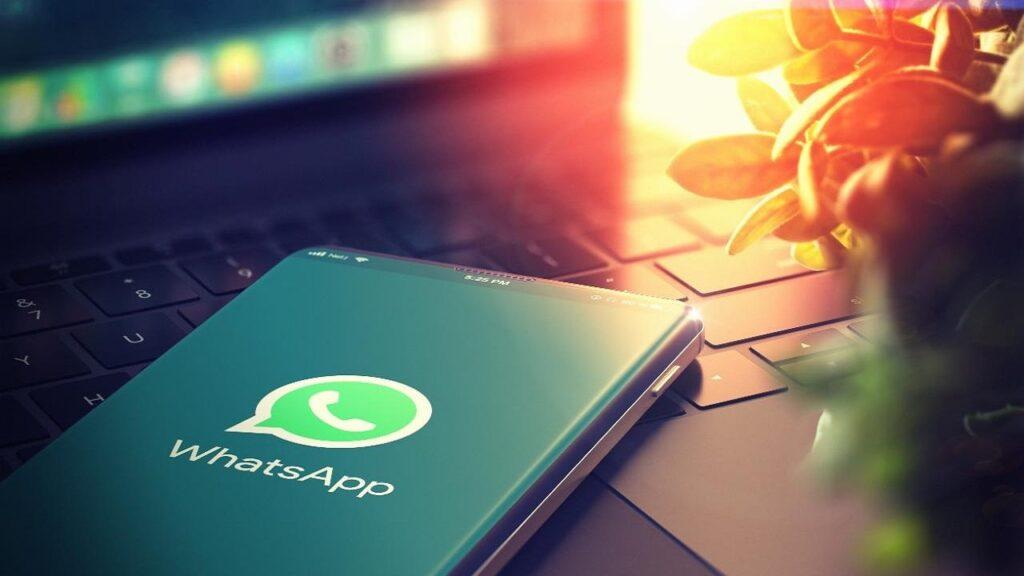 whatsapp green pass truffa