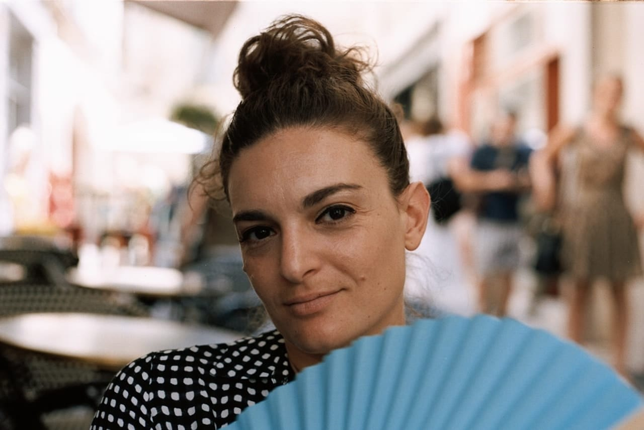 Laura La Monaca protagonista di #fotointerviste thumbnail