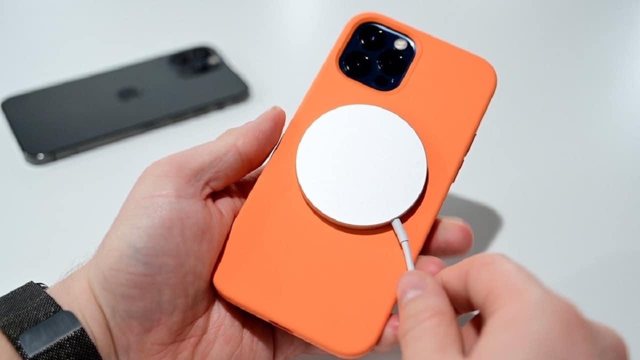 I prodotti Apple da tenere lontano dai dispositivi medici thumbnail