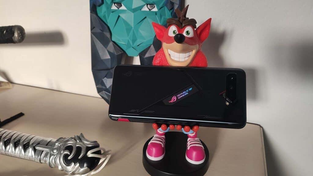 Asus ROG Phone 5 Pro recensione led