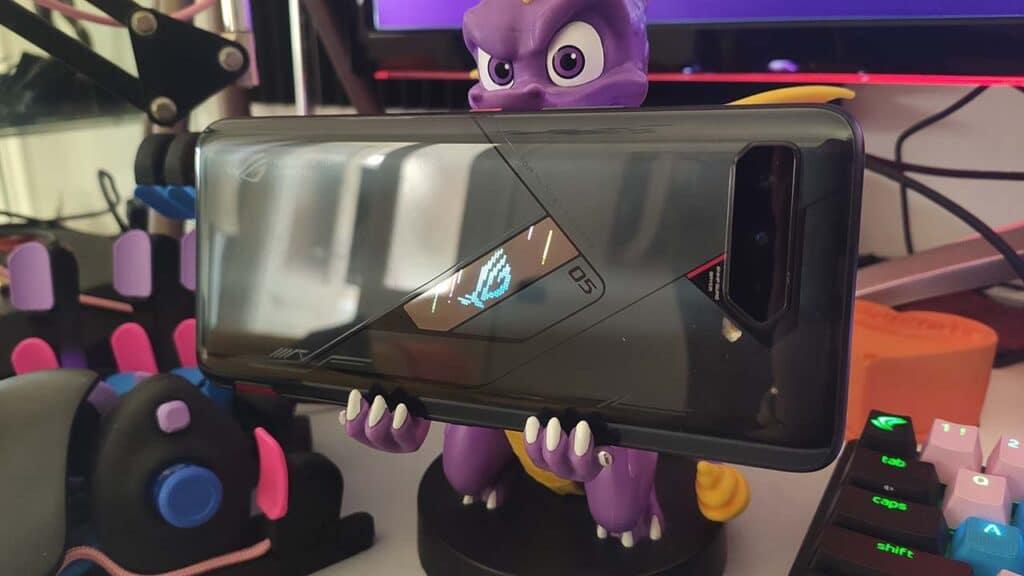 Asus ROG Phone 5 Pro recensione scritta