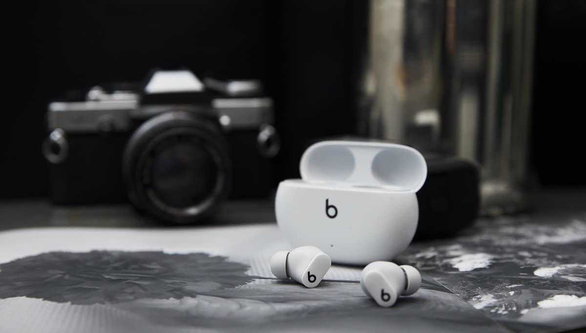 Beats Studio Buds: suono di alta qualità in dimensioni compatte thumbnail