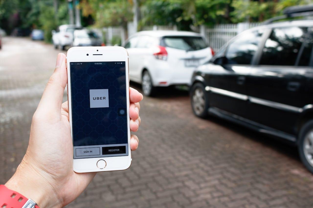 Uber aumenta i prezzi, ma non i compensi per gli autisti thumbnail