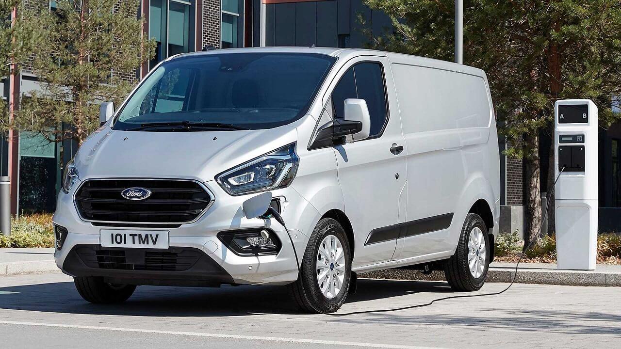 Consegnato il primo Ford Transit Custom Plug-In Hybrid refrigerato thumbnail