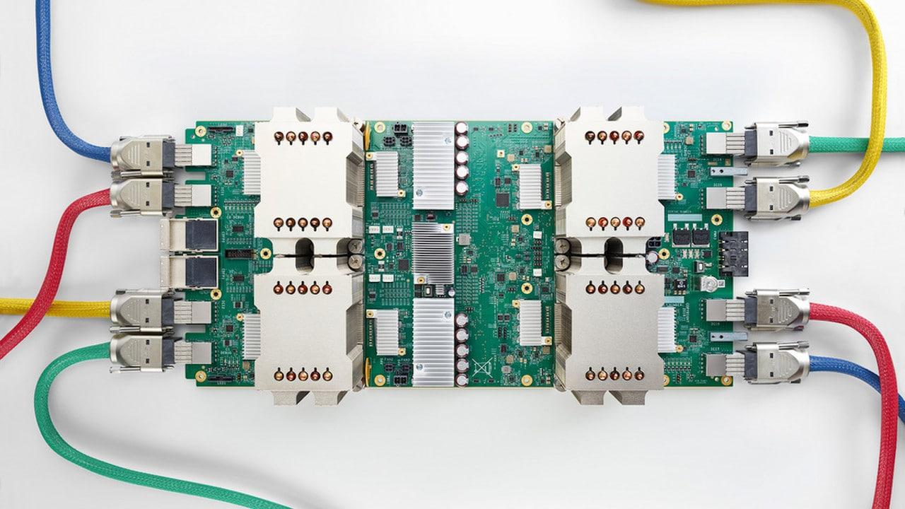 Google progetta nuovi chip con l'AI thumbnail
