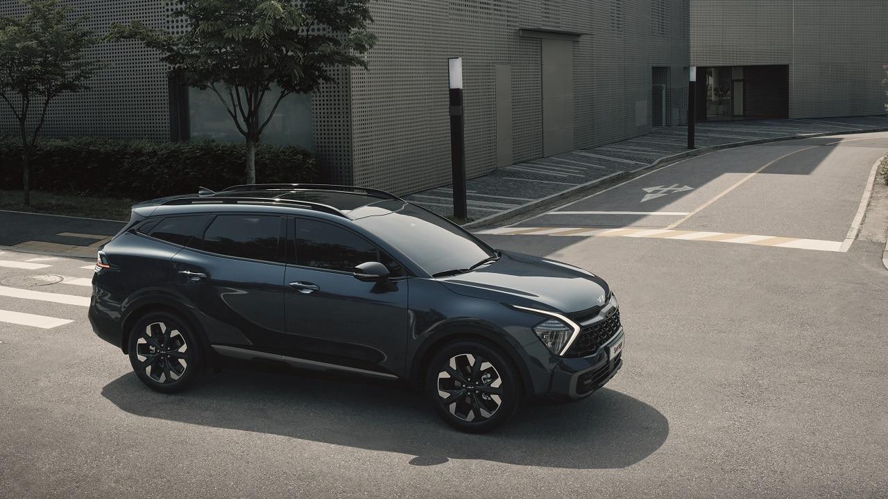 Nuova KIA Sportage, svelati esterni e interni del SUV coreano. Parola d'ordine? Originalità thumbnail