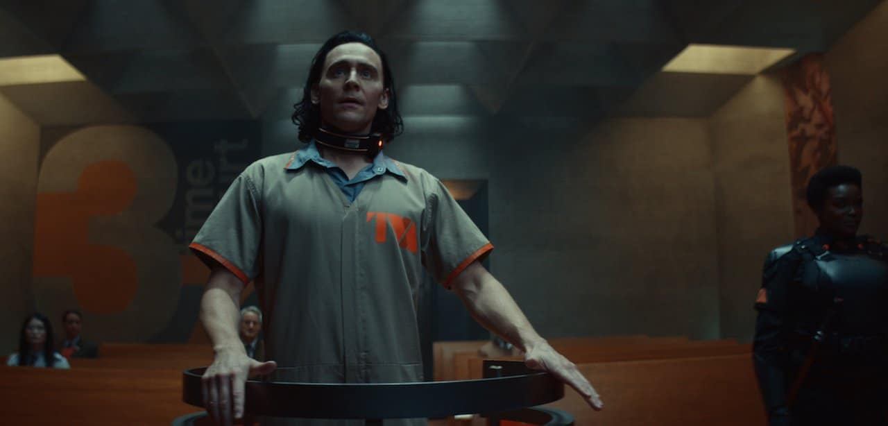 Loki: com'è la prima puntata della nuova serie Disney+ thumbnail