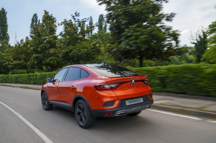 Renault Arkana Hybrid città