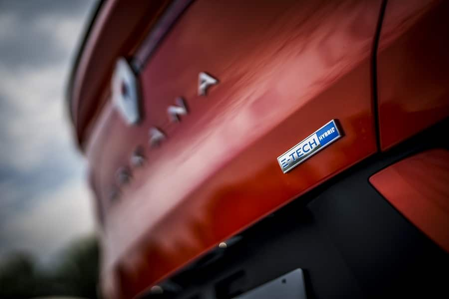 Renault Arkana Hybrid targhetta