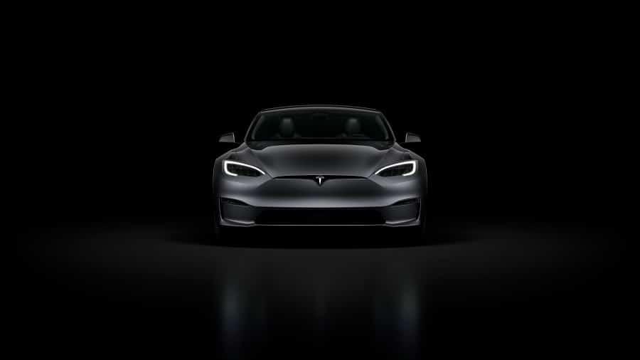Tesla model S plaid+ buio