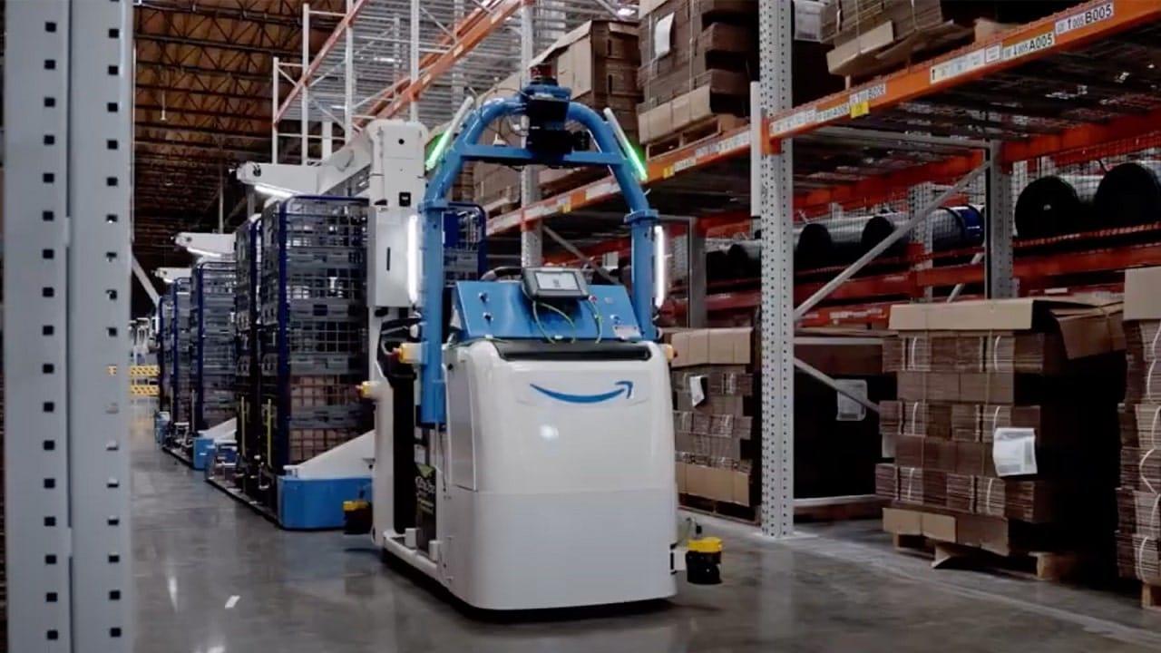 Amazon punta sui robot per migliorare la sicurezza dei lavoratori thumbnail