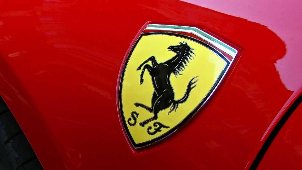 Ferrari: via ad una nuova partnership con Amazon thumbnail