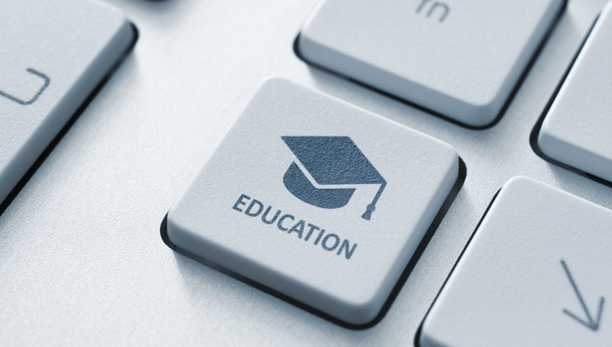 Le linee guida degli insegnanti europei per l'istruzione digitale thumbnail