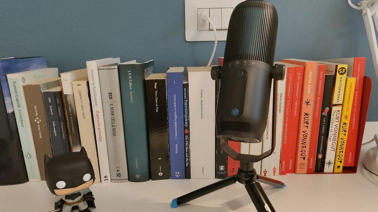 Recensione di JLab Talk Pro, il microfono per streamer thumbnail