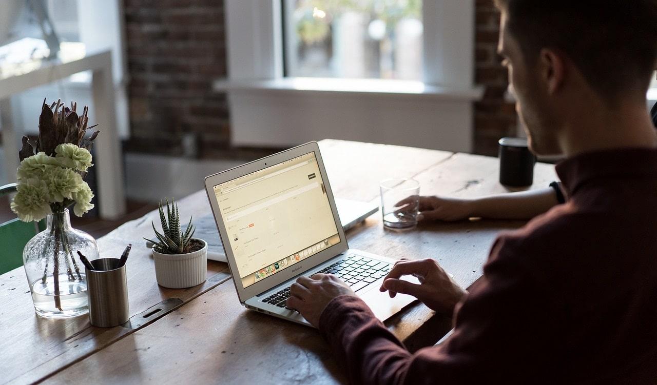 Le aziende sono preoccupate per i rischi del lavoro da remoto thumbnail