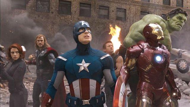 10 gadget Marvel per gli amanti dei Supereroi thumbnail