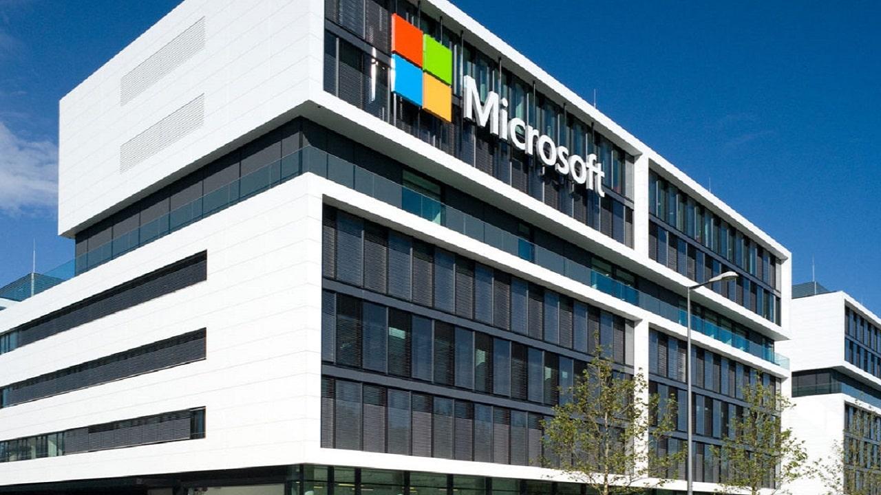 Ora Microsoft vale 2 trilioni di dollari thumbnail